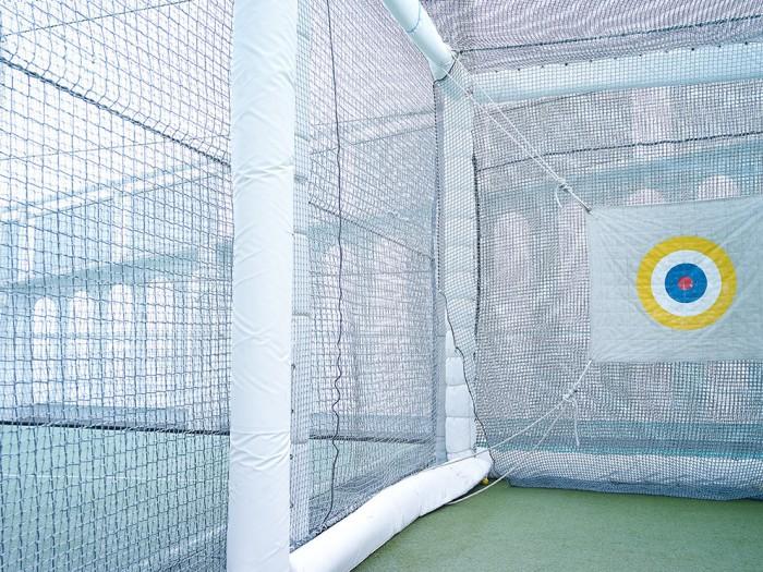 Markus Bertschi Queen Mary 2 Oberdeck Sportplatz