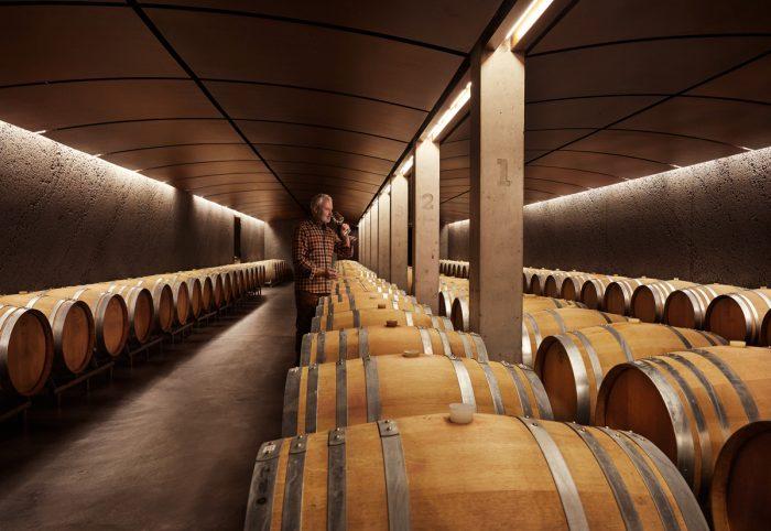 Noe Flum Raiffeisen Schweiz strukturierte Anlageprodukte Weinkeller