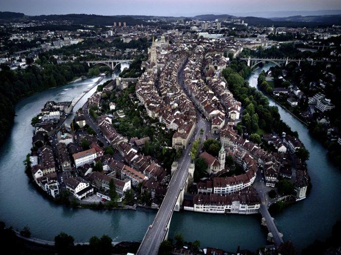 Noe Flum Berner Altstadt Luftaufnahme Aare Unesco Weltkulturerbe
