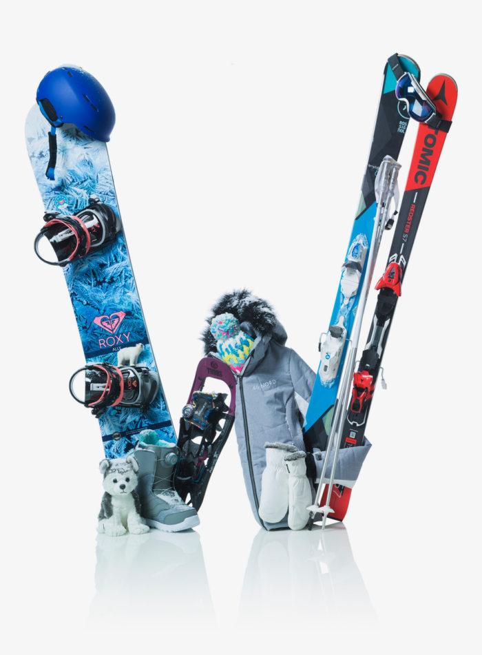 Felix Streuli Gaeupark kreativ Alphabet Buchstabe W Snowboard Ski Schneeschuhe
