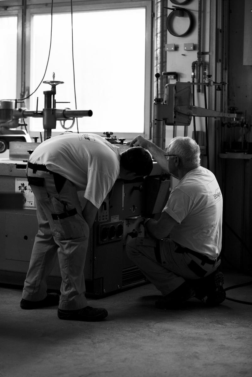 Fotograf Simon Habegger Boesiger Langenthal Innenarchitektur Schreinerei Werkstatt Maschine