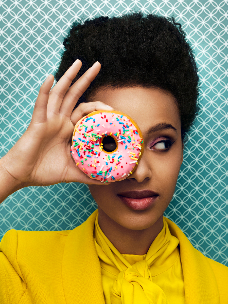 Remo Buess shapes & colors portrait donut