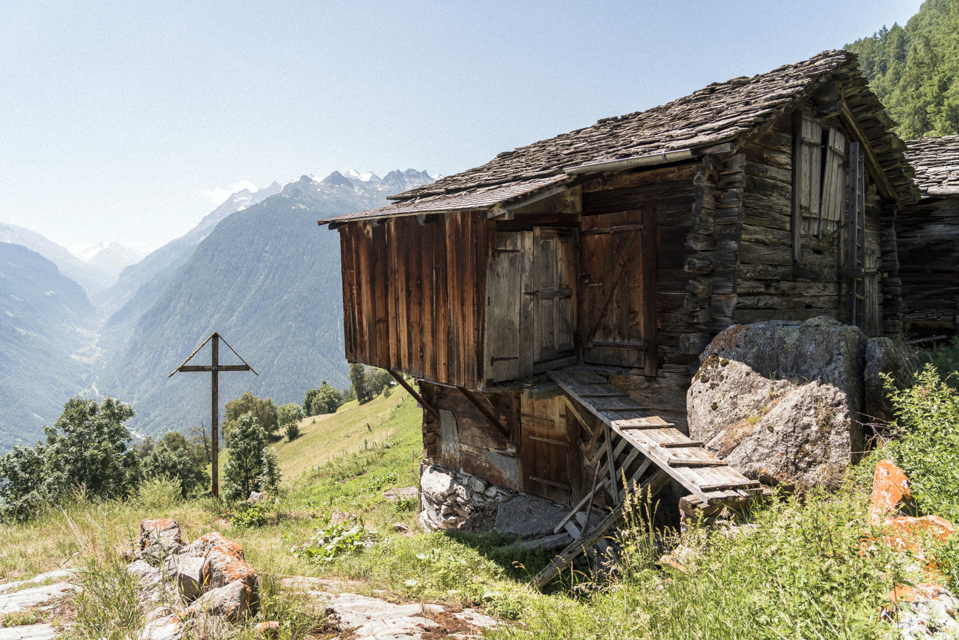 Fabian Hugo Moosalp Region Wallis Alphuette Aussicht