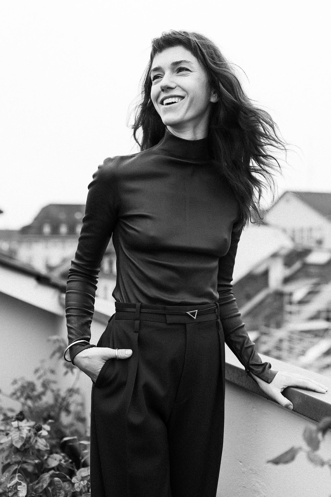 """Fabian Hugo Sarah Spale Schauspielerin Actress """"Wilder"""" Krimiserie Kommissarin b/w"""