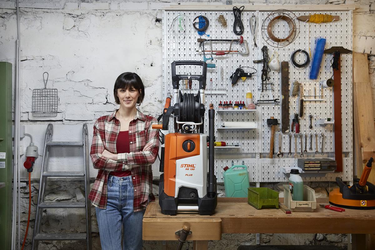 Fotograf Noe Flum Stihl Gerät Hochdruckreiniger Garten Haus Arbeit Team-up
