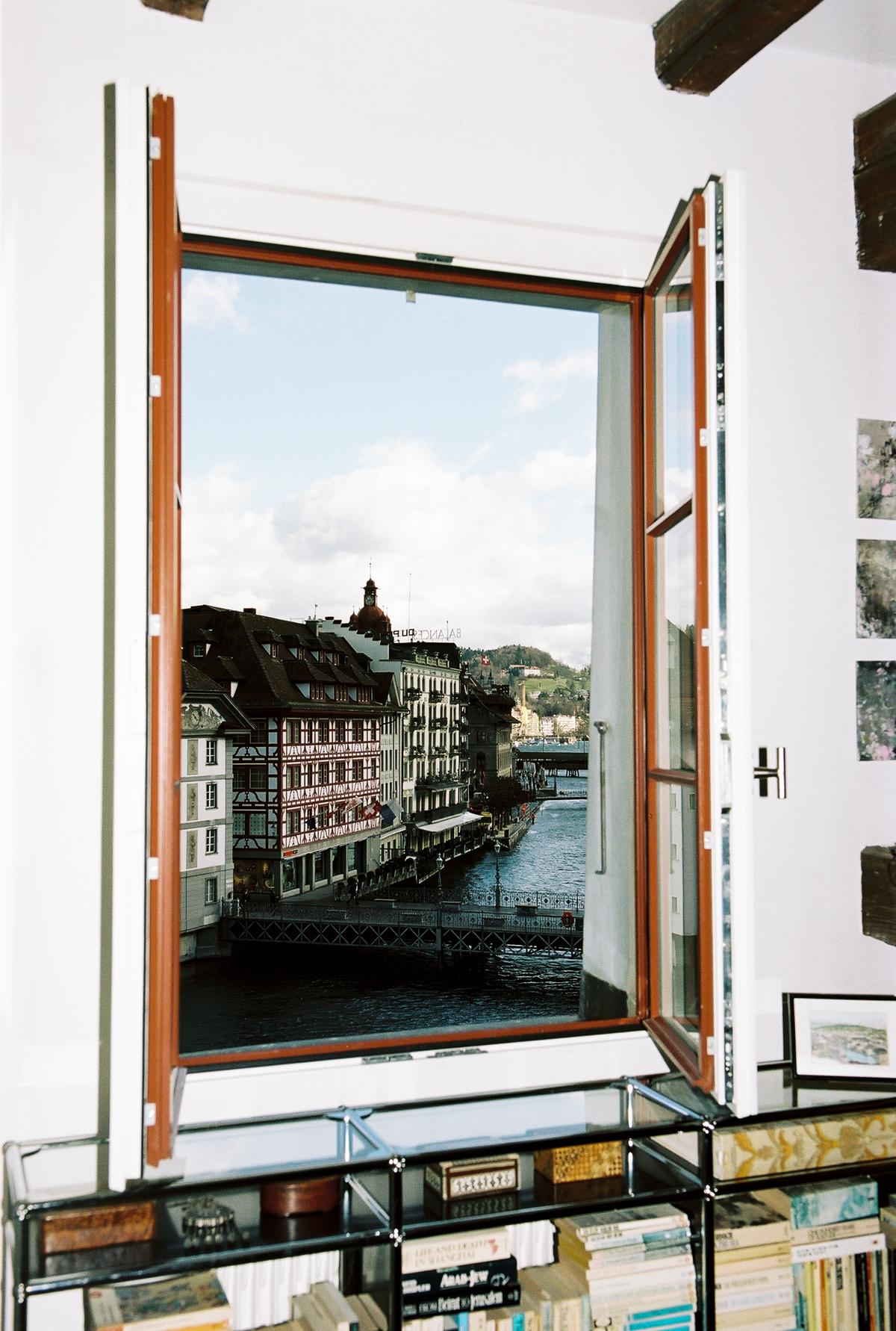 Simon Habegger Kathleen McNurney Luzern Altstadt Reuss
