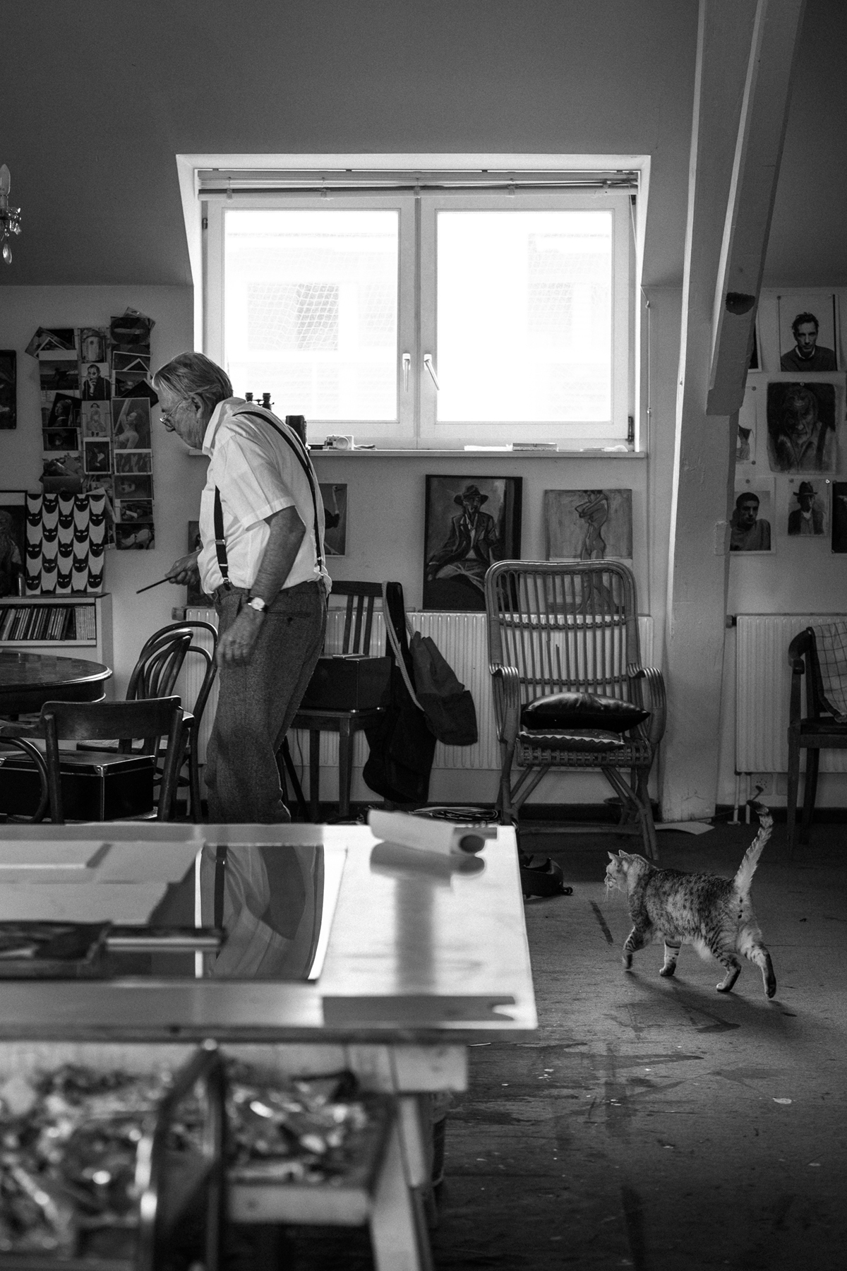 Remo Buess Joerg Binz Künstler Maler Zeichner Atelier Katze